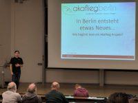 B14 Projektleiter Tobias Beelitz bei einem Vortrag auf dem Idaflieg Wintertreffen.